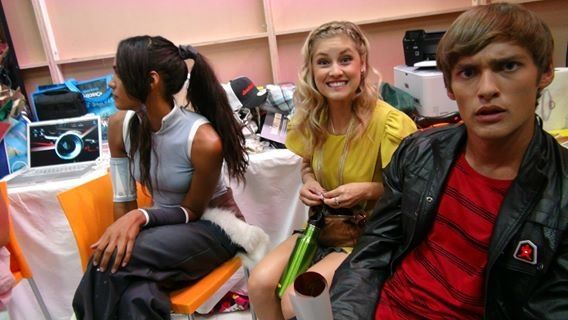 Jayden, Mia and Emily from Power Rangers Samurai . . . Jayden's face is the reason I'm pinning this. :P