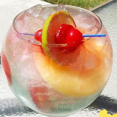 ▃▃▃▃▃▃▃▃▃▃▃▃▃▃▃▃▃▃▃▃▃▃▃▃ ZOMBIE'S CURSE 3 oz. (90ml) Bacardi Zombie 2 oz. (60ml) Bacardi Dragon Berry 2 oz. (60ml) Pinnacle Red Berry ½ oz. (15ml) Peach Schnapps ½ oz. (15ml) Triple Sec ½ oz. (15ml) Whiskey Sour Mix 2 oz. (60ml) Cherry Limeade 1 oz....