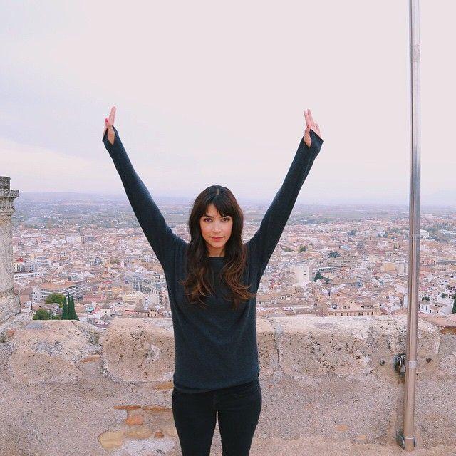 Hannah Simone @therealhannahsimone WHEN YOU MARATHON...Instagram photo | Websta (Webstagram)