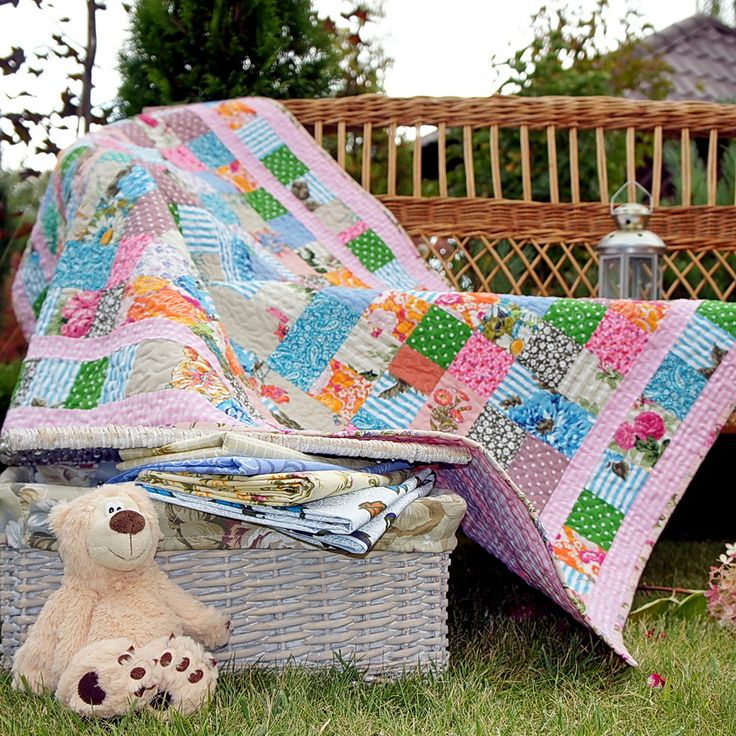 Charming pink baby quilt #baby quil #quilts for babies #kids quilt #лоскутное #лоскутные #одеяла лоскутные