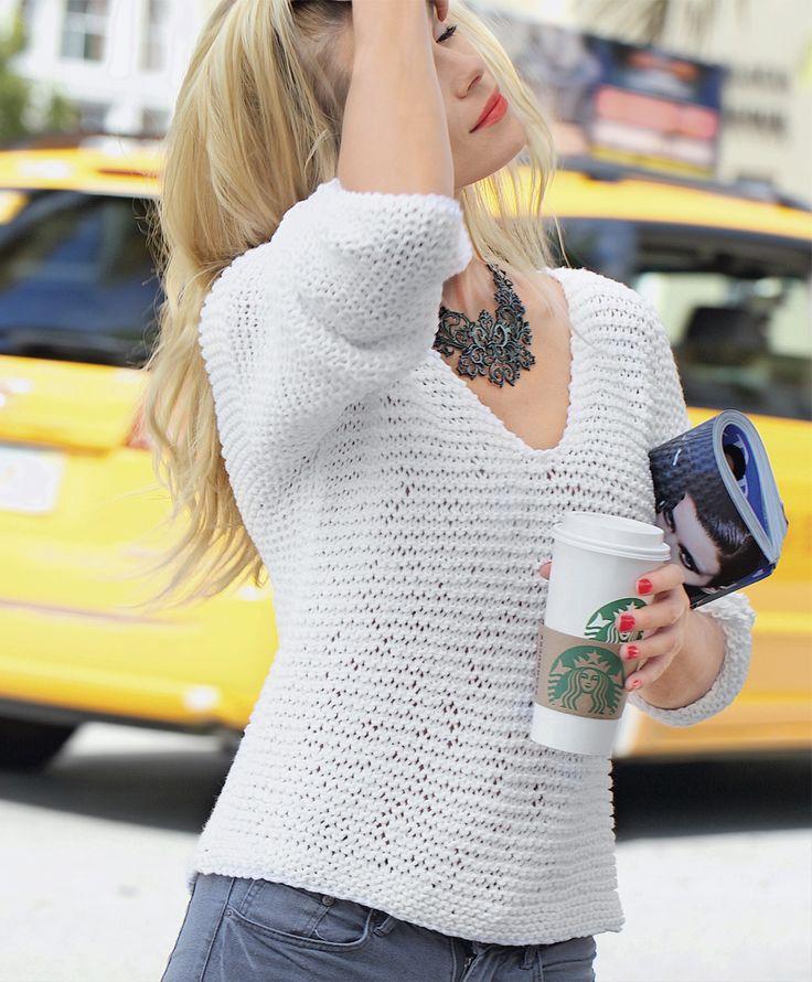 Basic white pullover
