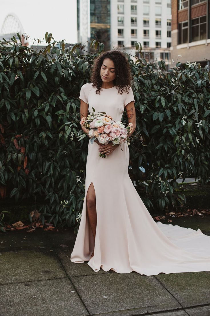 Casamento ao ar livre: confira dicas e fotos para um dia inesquecível | Casamento | Modest wedding dresses, Dream wedding, Wedding dresses
