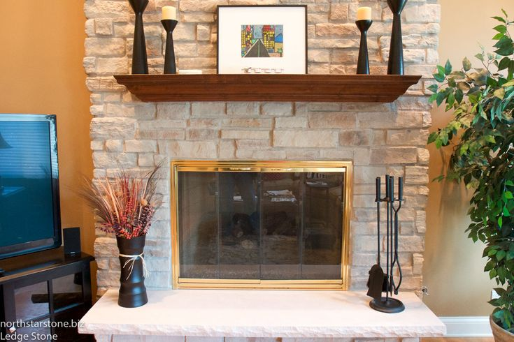 Superbe New Ledge Stone Installed With A Mortar Joint With A Traditional Mantel  Stained In Cherry.