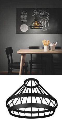 Einfach nur schick: Der vintage Lampenschirm aus hochwertigem Aluminium in Schwarz macht immer eine gute Figur. Der Draht-Lampenschirm liegt voll im Trend und kann einfach an jedes beliebige Lampen-Pendel angehängt werden. Der matt-schwarze Schirm lässt besonders Retro LEDs zur Geltung kommen.