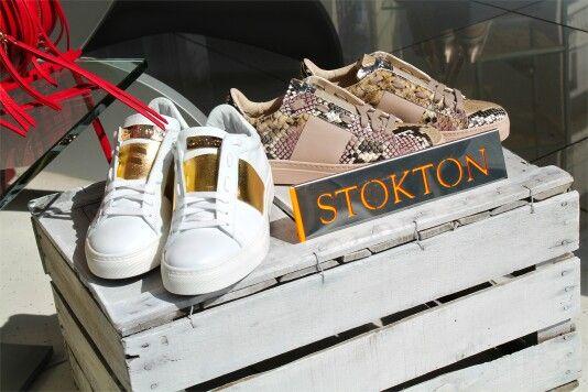 Prendi i colori che ricordano la primavera, immaginali sulla scarpa dei tuoi sogni e apparirà la nuova collezione di Sneaker Stokton! Che te ne pare? Per qualsiasi info scrivici su WhatsApp344 04 69 082  #stokton #calzature #donna #scarpe #glitter #oro #shoes #woman #sneaker #genova #inverno #nuove #belle #black #scarpe #love #speciale #instalove #roma #fashionblogger #studs #torino #borchie #online #fashion #stile #milano #moda #venafro