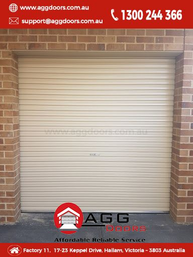 Installed by Josh and Paul last year before the holidays at Taylor Lakes. Taurean single roller door in paperbark.  #taureandoorsystems #rollerdoor #garagedoorsmelbourne #garagedoorinstall #aggdoors