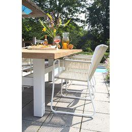 Teak & Rope! Genieten van het buitenleven met een tuinset die bij jou past. Wat dacht je van deze Yasmani tafel in combinatie met de Ayanna diningstoelen? Rope is een nieuwe trend!