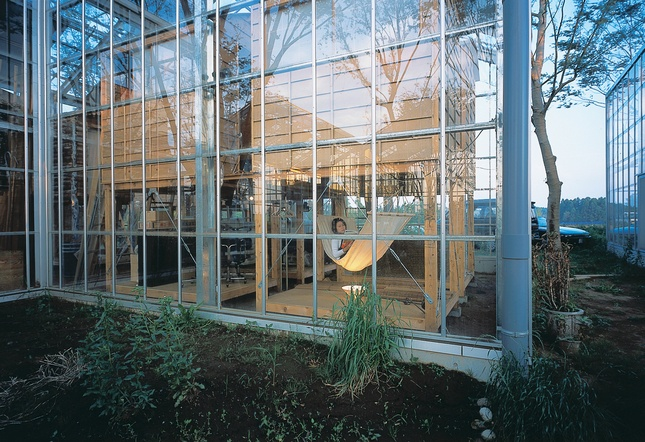 Glass commune near Tokyo surrounded by an organic garden. Looks relaxing to me!: Hiroshi Iguchi, Hammocks Rocks, Beautiful Greenhouses, Japan Architects, Architects Hiroshi, Gigant Greenhouses, Cities Commune, Architecture, Millennium Cities