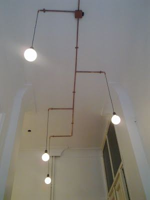 conduit: Decouvrir Lights Ideas, Ceilings Lights, Pipes Lights, Deco Deco Ideas, Conduit Lights, Lighting Ideas, Industrial Lights Conduit, Conduit Ceilings, Decouvrirlight Ideas