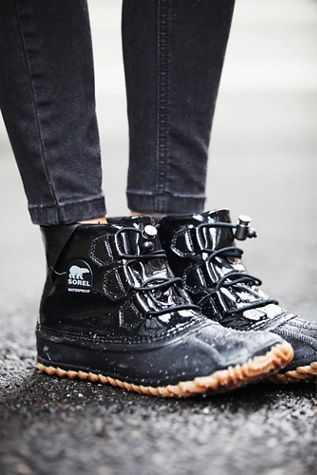 Sorel Out N About Glow Weather Boot