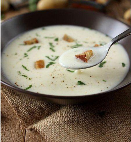 Soupe de pomme de terre et panais à l'ail