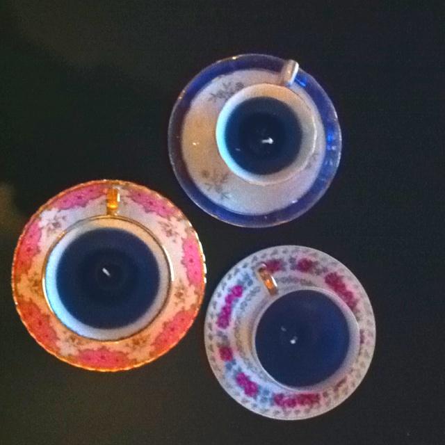 Mijn zelfgemaakte kaarsen in kopje!!