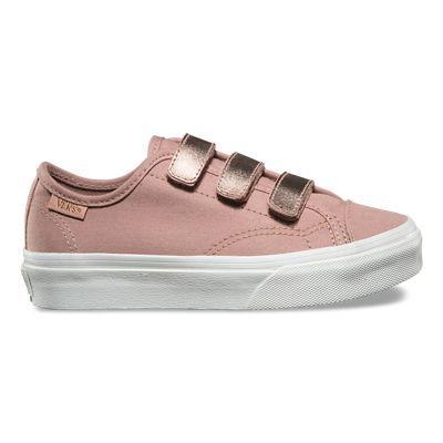 Descubre Zapatillas de niños  Style 23 V 2-Tone Metallic hoy en Vans. La tienda oficial online. Envío y devoluciones gratuitas.