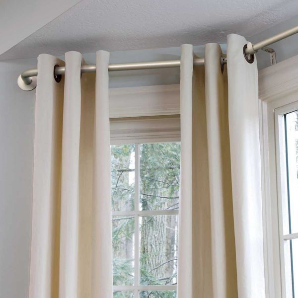 Bay Window In Kitchen, Bay Curtain Pole And Bay