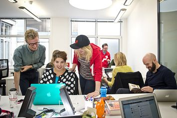 Come Work For BuzzFeed UK In 2014  | Pinned by http://www.thismademelaugh.com