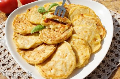 Di gotuje: Placuszki z seka wiejskiego na słono (z cebulą i s...