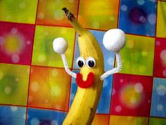 color colors fruit happy dance video interestingness interesting bestof dancing time banana cc creativecommons jelly popular peanutbutter peanutbutterjellytime bananadance consumerist sensation thisisnow dancingbanana utube frankieleon itspeanutbutterandjellytime