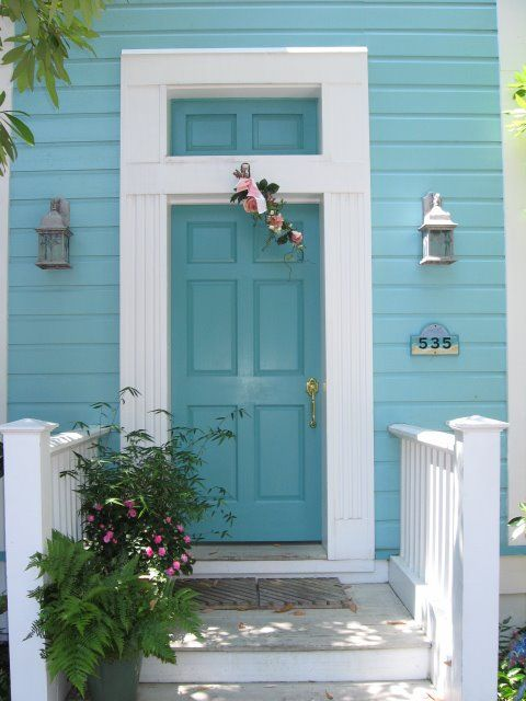 Blue door...this will be the next color of my front door...on a sand-colored stucco house with crisp white trim...Ahhh.