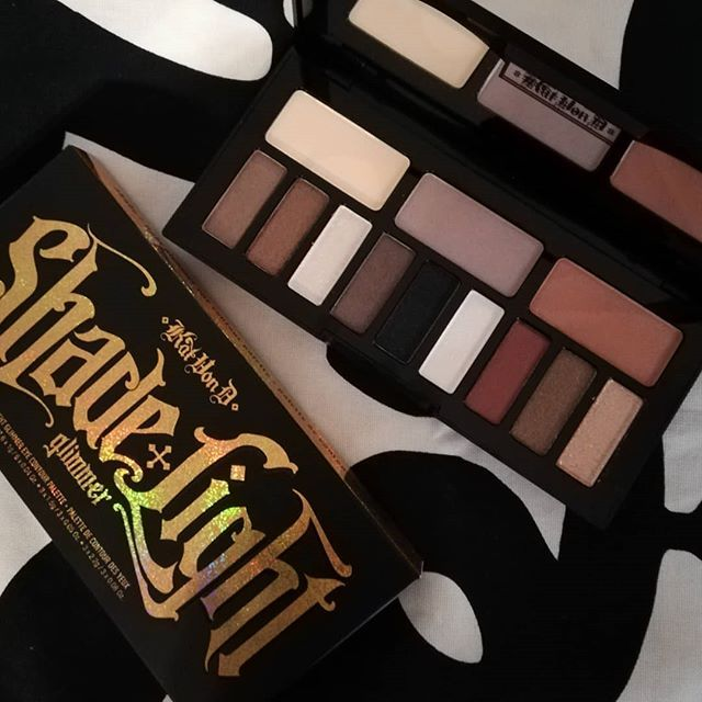 Who else is obsessed with Kat Von D? Just love her products and the shade and light glimmer eye contour palette is awesome. The shimmers helps you create such awesome looks with many neutral tones for any seasonal makeup look!