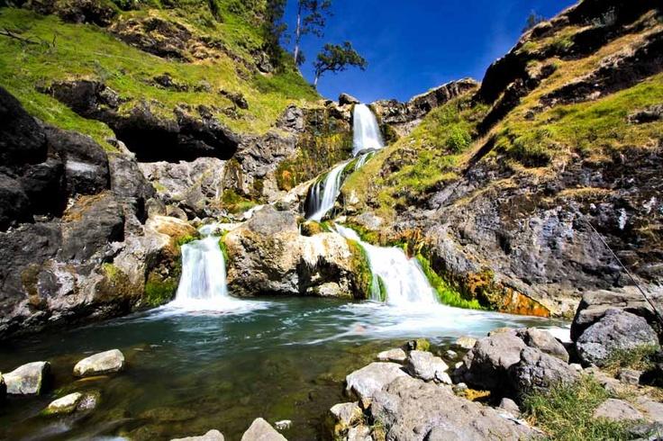 Segara Anak Waterfall - Mt. Rinjani   Lombok - Indonesia    By: Pradipto Sulaksono