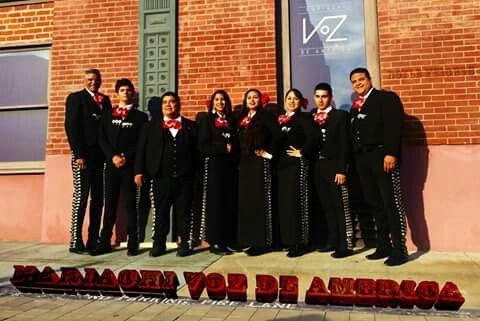 Mariachi VoZ de America, Placita Olvera Los Angeles, February 2016!