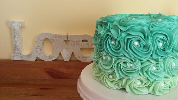 Mi Toque Mas Dulce: Tarta de limón decorada con rosas en colores degra...