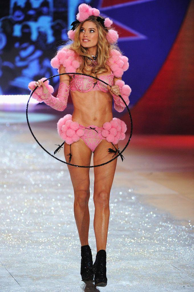 Victoria's Secret Fashion Show 2012  Doutzen Kroes