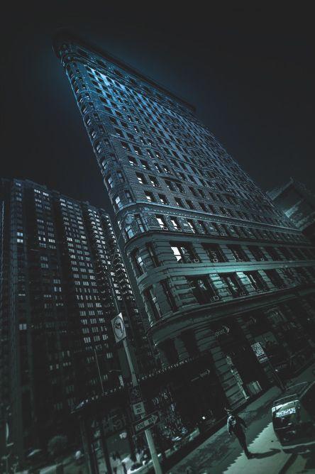 The Flatiron building in GOTHAM #nyc