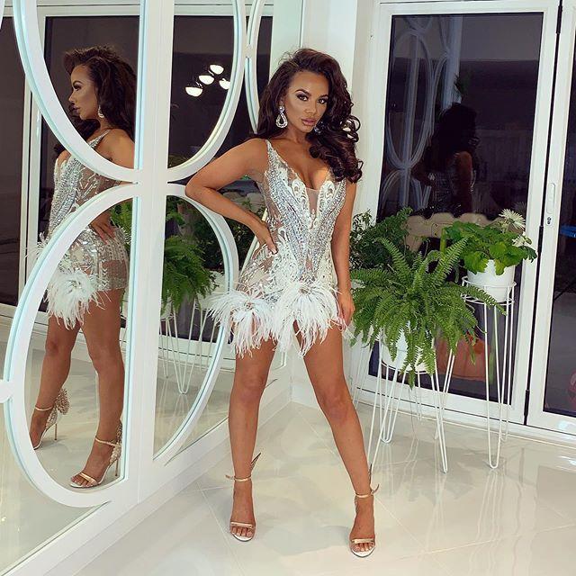 Mena Suvari Plastic Surgery - Celebrity Plastic Surgery