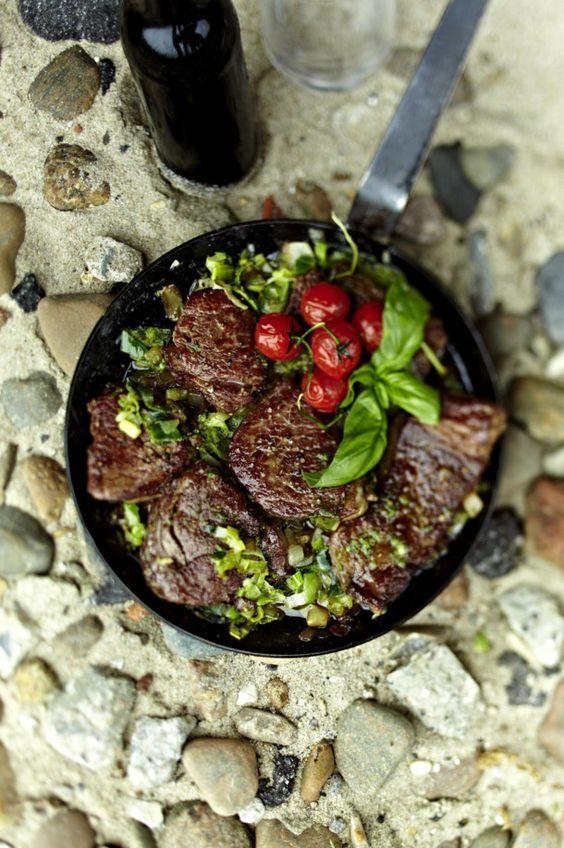 Steakpfanne Sansibar mit Pfeffersoße ...