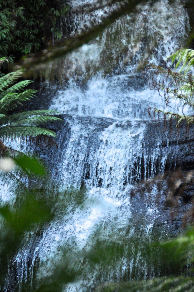 Triplet Falls, Great Ocean Road (Victoria, Australia) // www.hummingbirdaway.com
