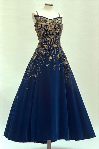 fripperiesandfobs:  Fontana evening dress worn by Queen Soraya of Iran, 1960 From the Fondazione Micol Fontana