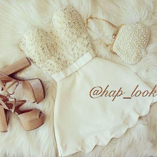 Vestido pérola saia nuvem