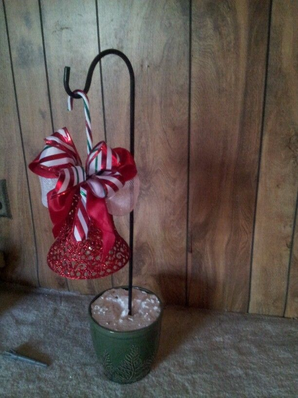 shepard hook hanger | Crafts by me | Christmas, Christmas ...