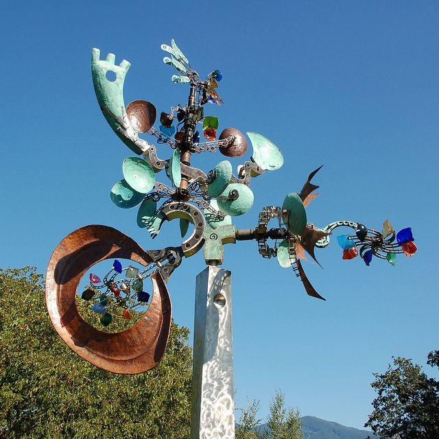 Andrew Carsonu0027s Kinetic Sculpture, Galaxy