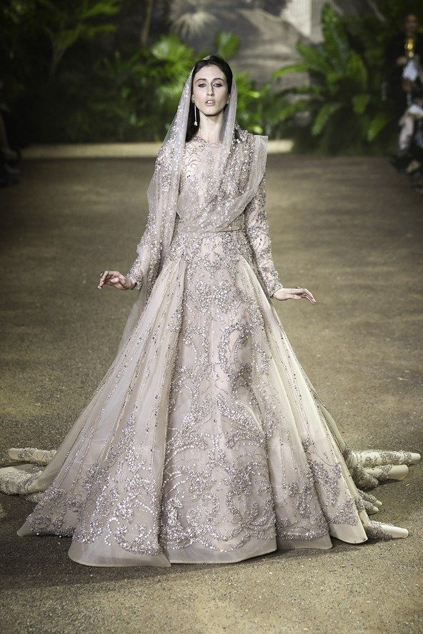 Elie Saab: Spring/Summer 2016 Haute Couture