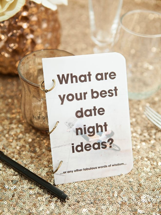 Check out these darling DIY wedding guest advice notebooks - so cute!