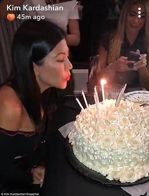 Awe Inspiring Kim Kardashian Kanye West And Kris Jenner Celebrate Kourtneys Funny Birthday Cards Online Fluifree Goldxyz