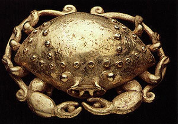 #Precolumbian  --  Gold Pendant of a Crab  --  500-1500 CE  --  Costa Rican/Panamanian Border Area  --  Via Barakat Gallery