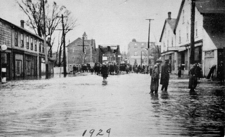 Paisley Ontario 1924 -Queen Street floods