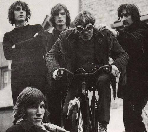 Every picture tells a story: The last Pink Floyd photo session with Syd.