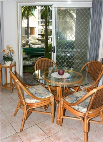 Best Surfers Paradise Hotels, best Accommodation, finest Family Resort, renowned Family Resorts Surfers Paradise, affordable Surfers Paradise Accommodation in Australia, comfy holiday apartments.