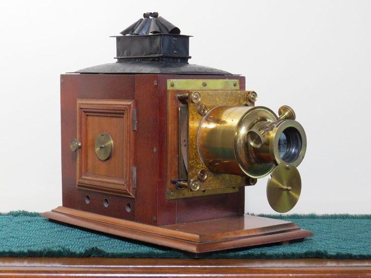 Antique Mahogany & Brass MAGIC LANTERN Projector w/ 16 glass slides **NO RESERVE