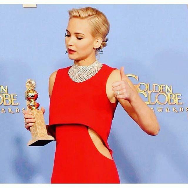 Scopri il meglio dei favolosi Golden Globes 2016 per far realizzare il tuo prossimo abito speciale dalla tua Stilista personale! Scegli una scollatura, un colore, un tessuto visto sul red carpet e ...