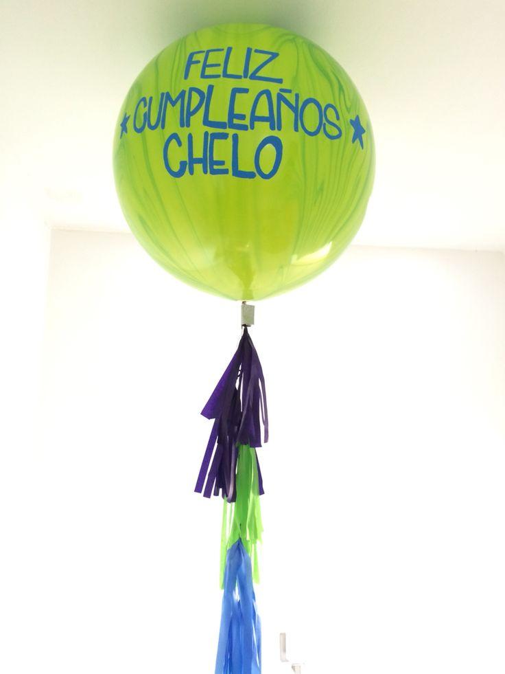 9931542068 globos gigantes con flecos de colores para for Decoracion de globos para hombres