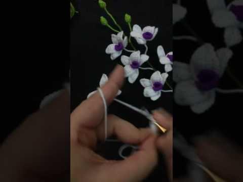 วิธีถักกล้วยไม้จิ๋ว p.1 ( how to crochet orchid mini ) - YouTube