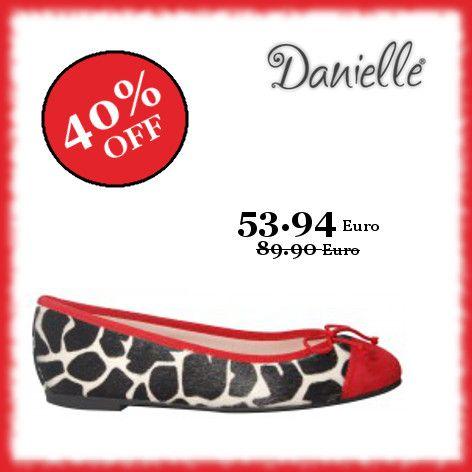 Le #feste a casa Danielle continuano con i #saldi! Festeggia ancora con il -40% su tutte le #ballerine!!!   Eleganti con una gonna e #casual con i #jeans, queste comode #calzature si adattano a tutte le occasioni.