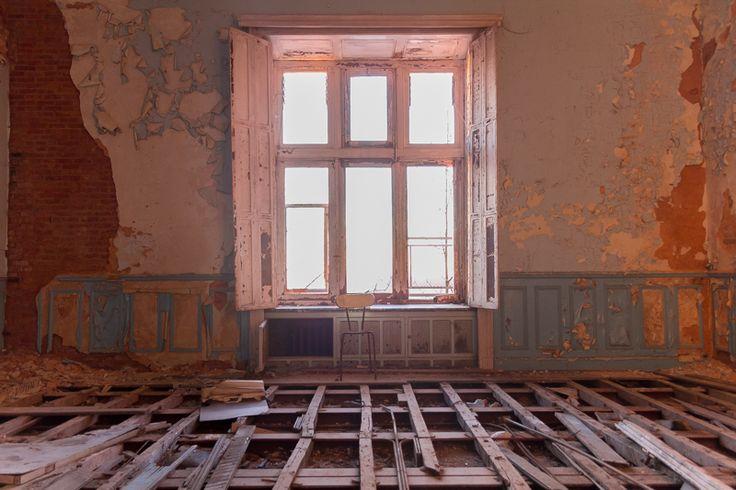 Belgium's Abandoned Fairytale Castle | Atlas Obscura
