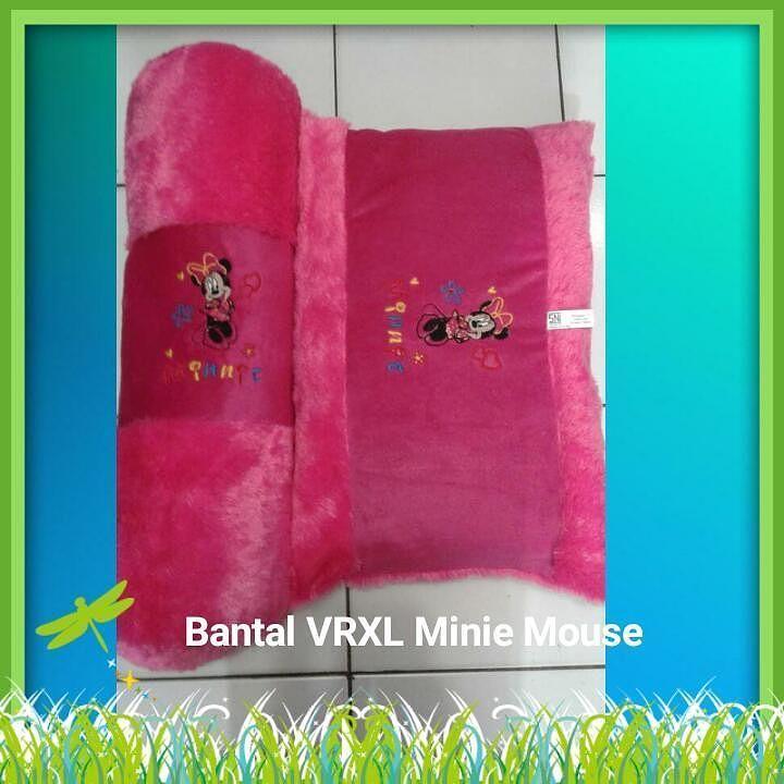Bantal Guling Baby Minnie Mouse Uk guling 70cm Ukrn Bantal 60x40cm  Harga 85rb  Wa/ call 081387149713  #bonekalucuna  #bantalguling #bantalbayi #gulingbayi #gulingbaby