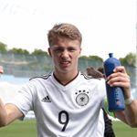 """29 次赞、 1 条评论 - @jann.fiete.arp_japan.fanpage 在 Instagram 发布:""""Bundesliga MD12【2017.11.19】(Veltins-Arena) Schalke 04 2-0 Hamburger SV アルプ君💎💙 はスタメンだったのですが…"""""""
